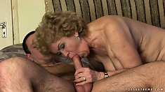 This oldie with skillful mouth and juicy hairy pussy will drive her lover crazy