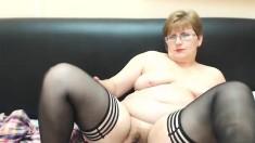 Bbw Solo Exposing Her Posh Butt