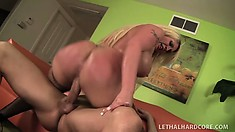 Bootilicious blonde MILF Kelly Staxxx munches on his cock and gets banged
