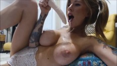 Big tits beauty deepthroat dildo on webcam