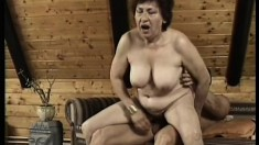 Short haired mature woman loves to take a hard cock in her hairy peach